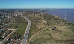 Zona junto al río Uruguay donde se diseñará un parque