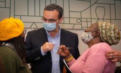 Ministro Pablo Bartol con representantes colectivos afro