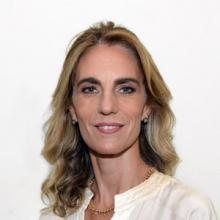 Adela Dubra