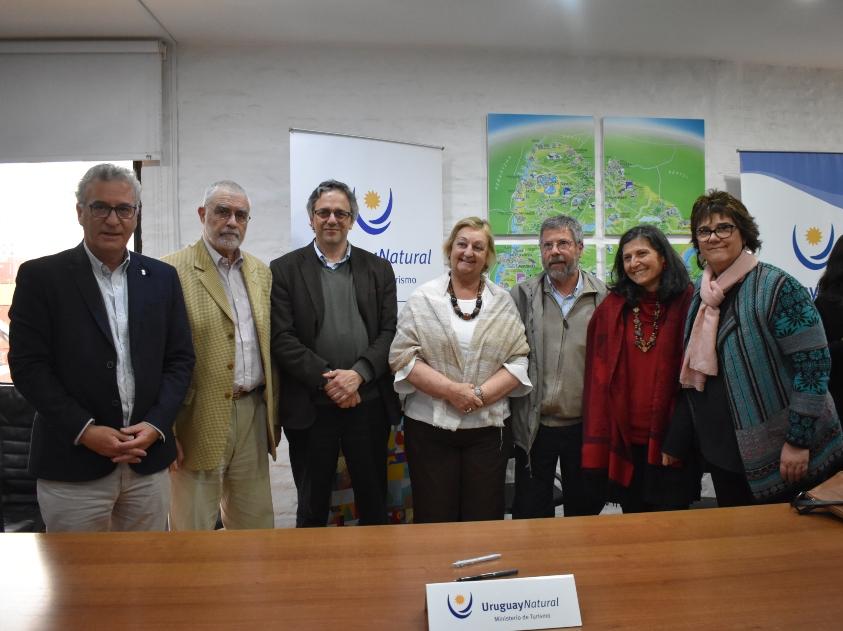 Carlos Fagetti, Benjamín Liberoff, Rodrigo Arím, Liliam Kechichian, Joaquín Marquéz, Ana Frega y Gabriela Campodónico