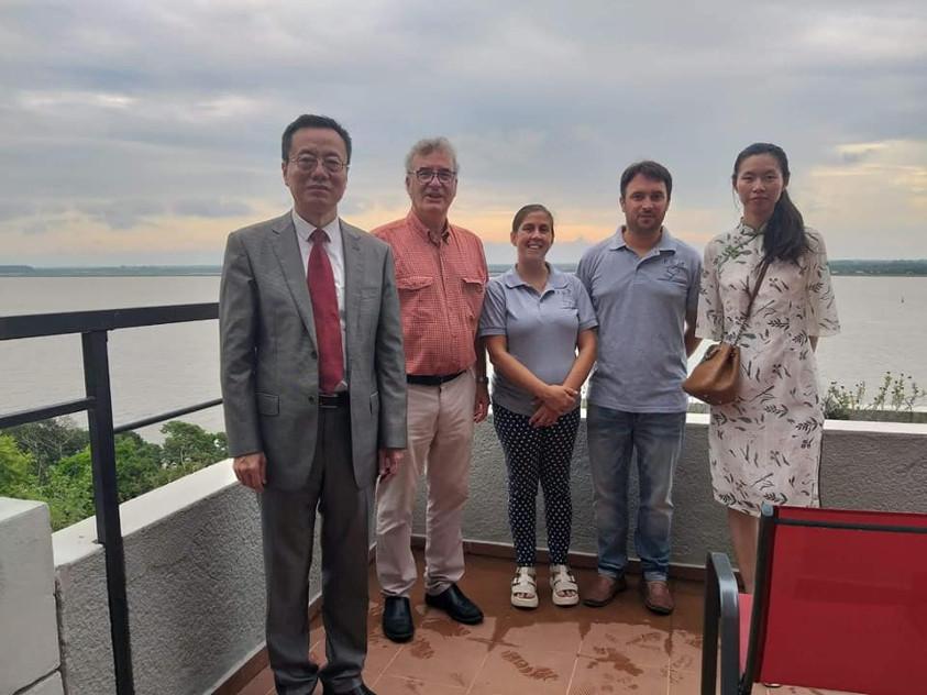 Visita del embajador chino en Uruguay, Wang Gang al Hotel Hotel José D' Elía