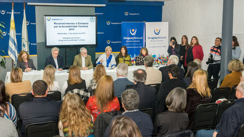 Silvia Altmark, Carlos Fagetti, Benjamín Liberoff, Liliam Kechichian y Macarena Duarte