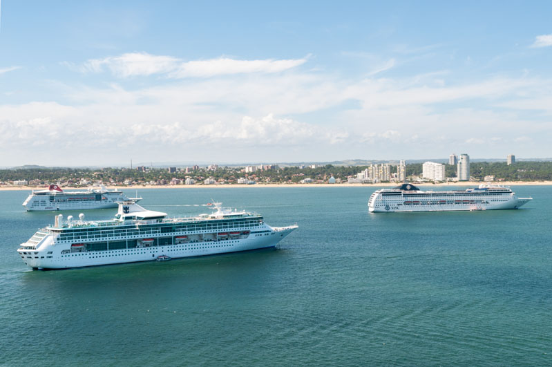 Crucero en la bahía de Punta del Este