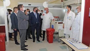 Autoridades del Gobierno recorren Hospital Pasteur
