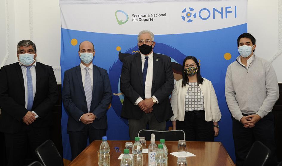 Autoridades presentan Programa Fútbol, Mi Identidad
