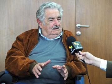 Presidente José Mujica, entrevistado por Telesur