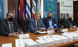 Autoridades de la Secretaría Nacional del Deporte en la conferencia