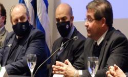 Dr. Leonardo Cipriani - Presidente de ASSE-, haciendo uso de la palabra